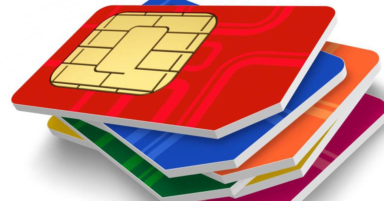 tarjetas SIM amontonadas