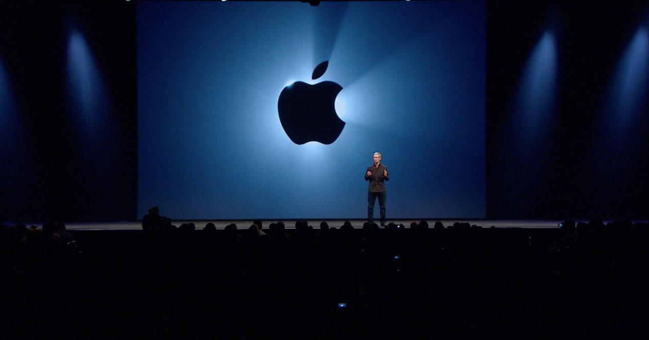Apple Keynote con Tim Cook