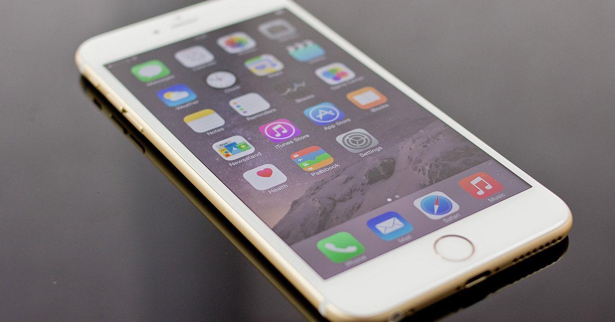 iPhone 6s en una mesa