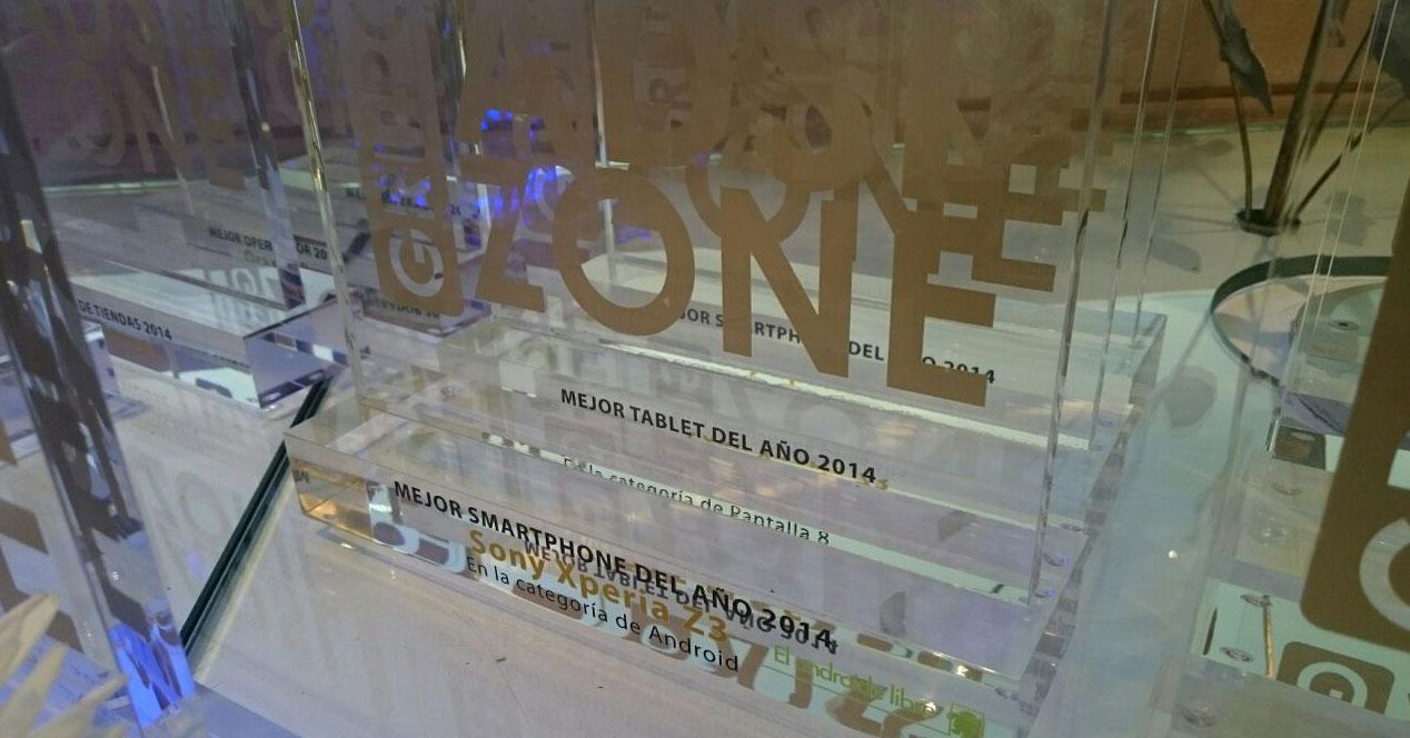 trofeos de los premios ADSLZone