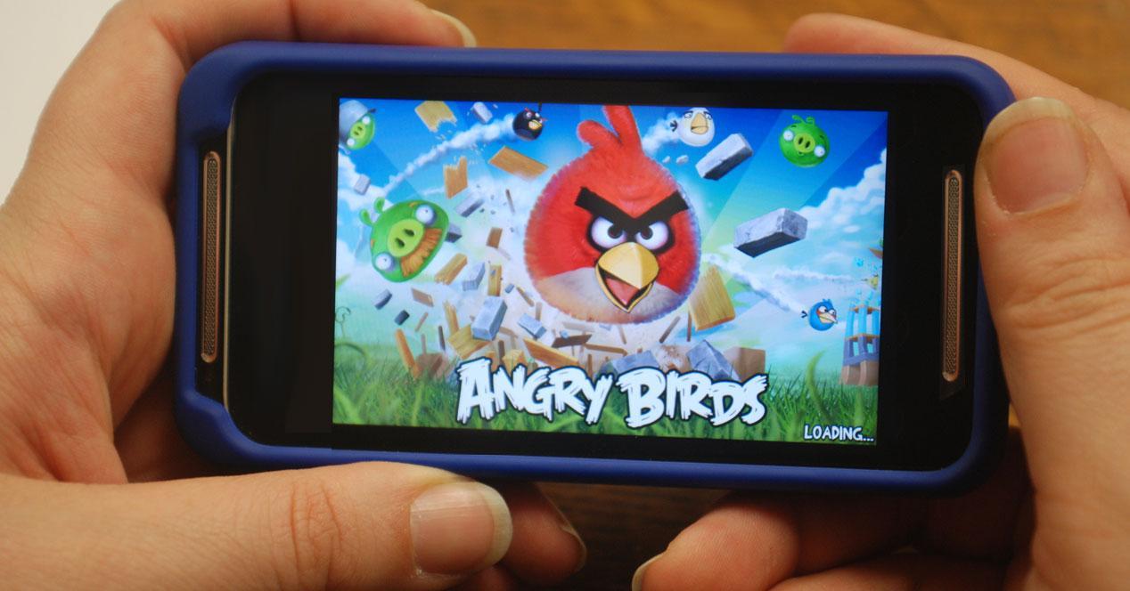Angry birds en un móvil