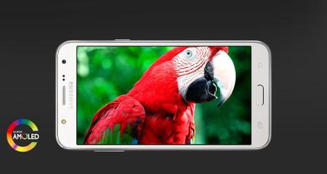 Samsung Galaxy J7 pantalla AMOLED
