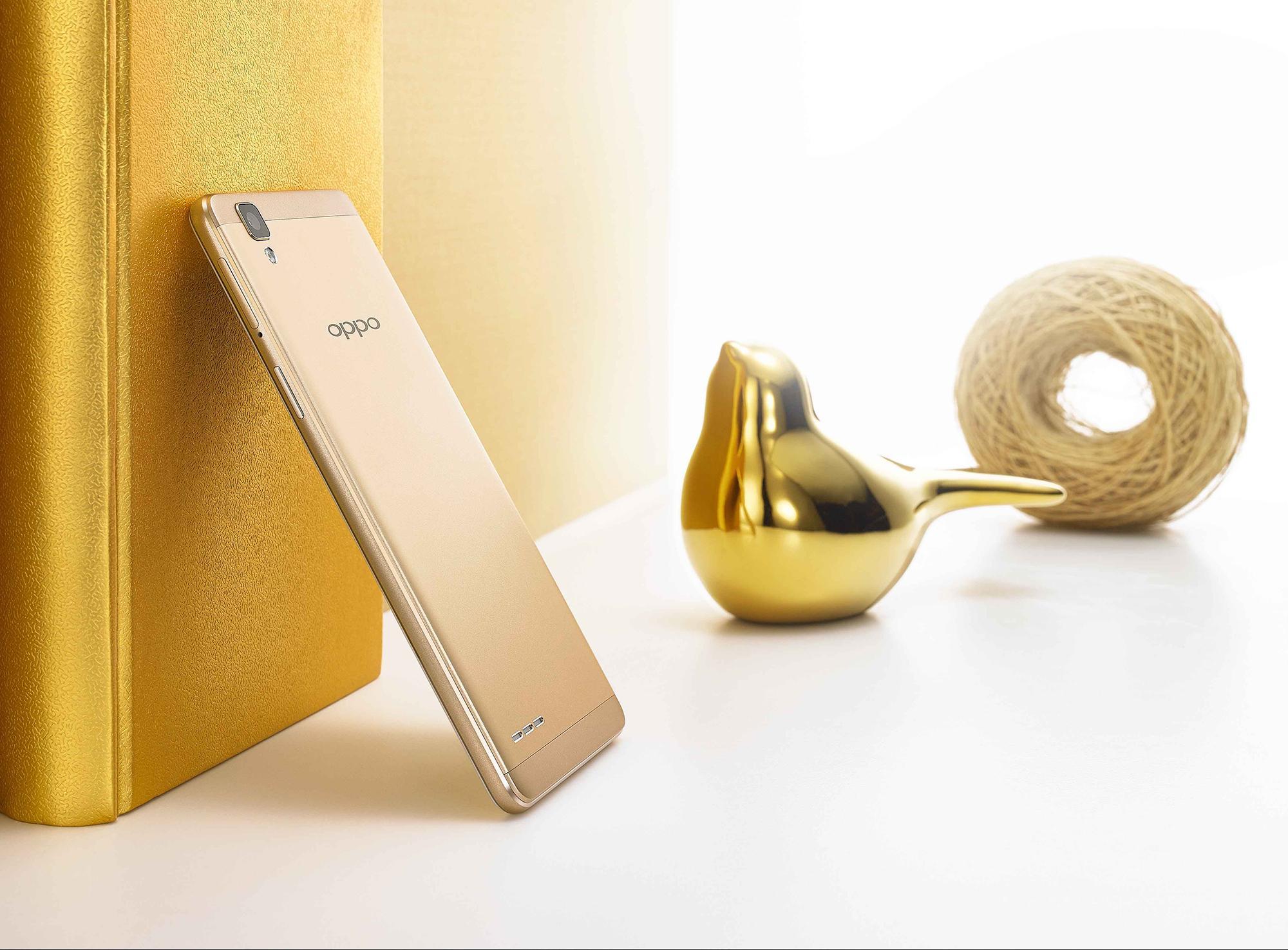 Oppo F1 dorado y oro