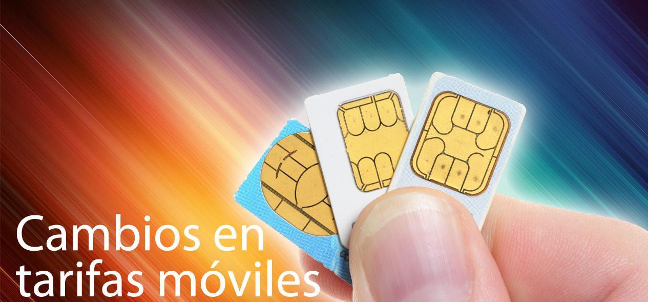 Tarjetas SIM en una mano con letrero de cambios en las tarifas móviles de marzo de 2016