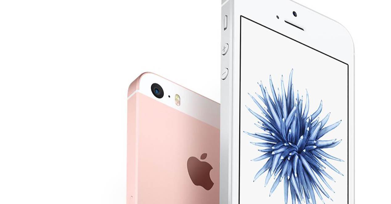 iPhone SE color blanco y rosa dorado