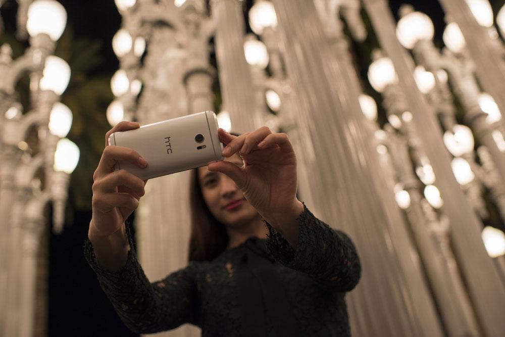 HTC 10 haciendo fotos