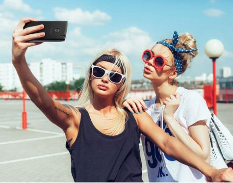 Doogee X5 Max en modo selfie