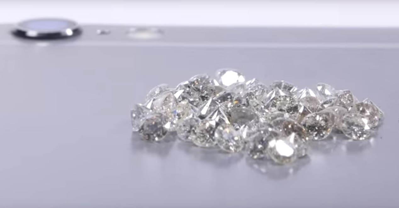 iPhone 6s test con diamantes