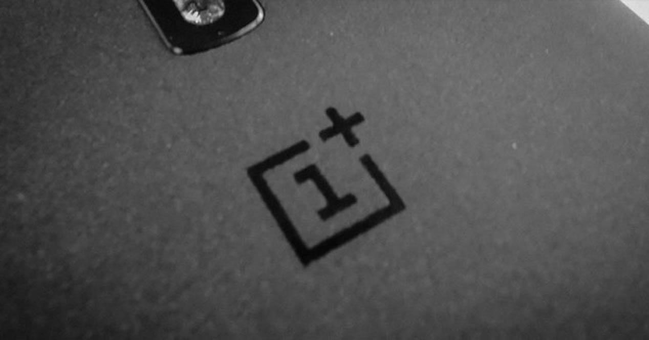 oneplus logotipo