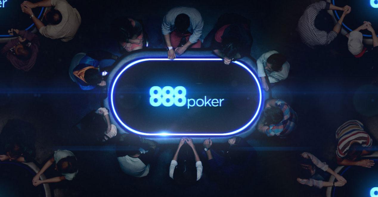 logo de 888poker en mesa de juego
