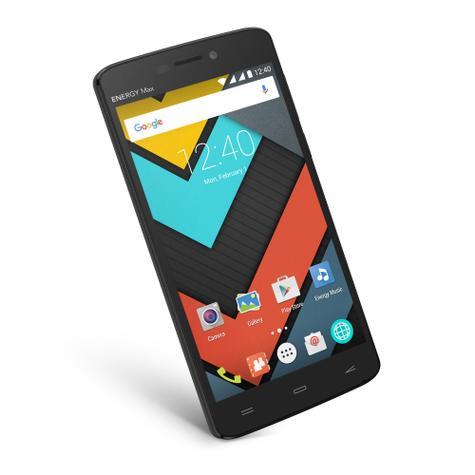 Energy Phone Max 4000 con pantalla encendida
