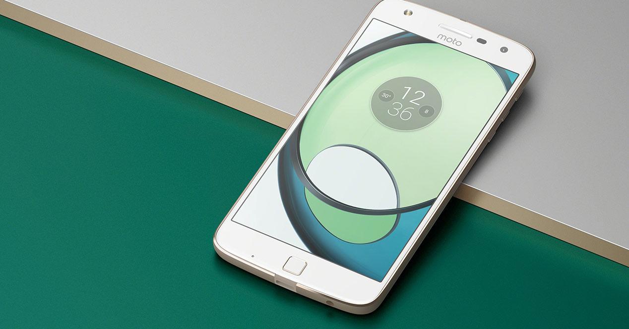 presentación del nuevo Moto Z play