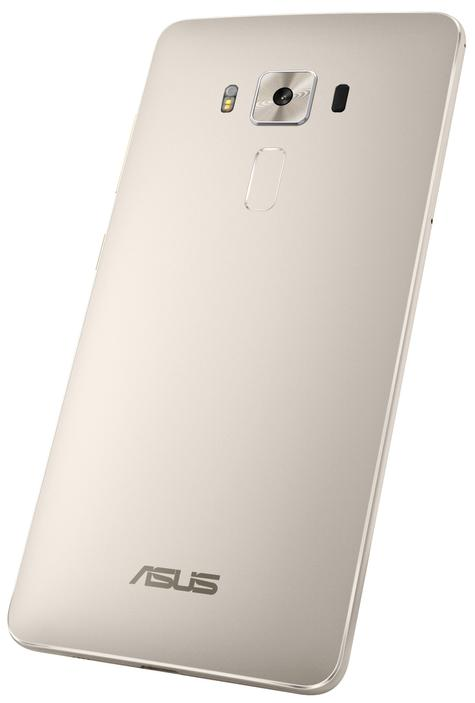 Asus Zenfone 3 Deluxe vista trasera