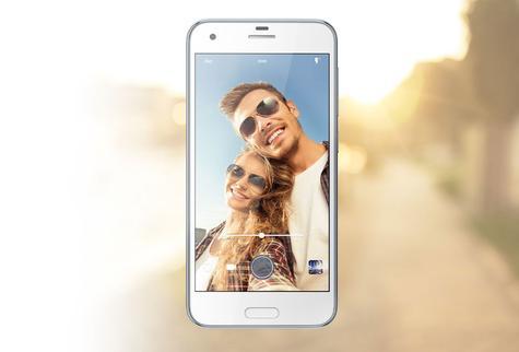 HTC One A9s en modo selfie