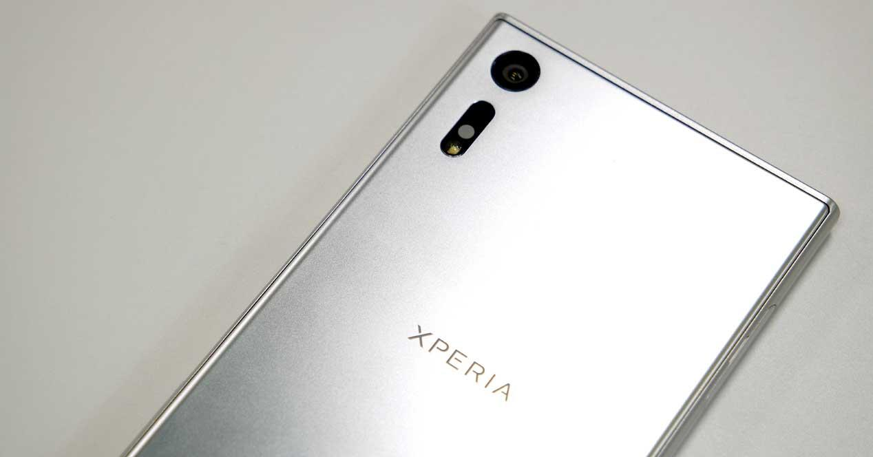Sony Xperia XZ de color gris