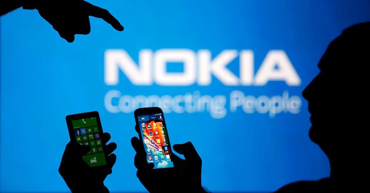 movlles delante de logotipo de Nokia