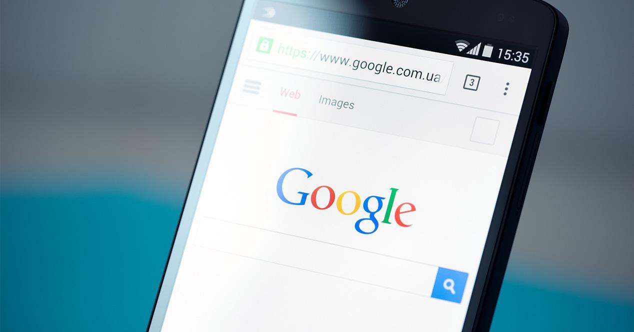 Buscador de imágenes de Google en smartphone Android con nuevas etiquetas