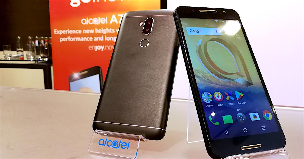 Alcatel A7 y Alcatel A7 XL