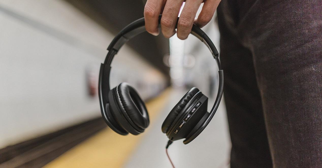 convierte en inalámbrico cualquier auricular