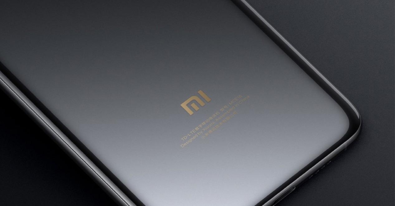 Carcasa trasera de un smartphone de Xiaomi
