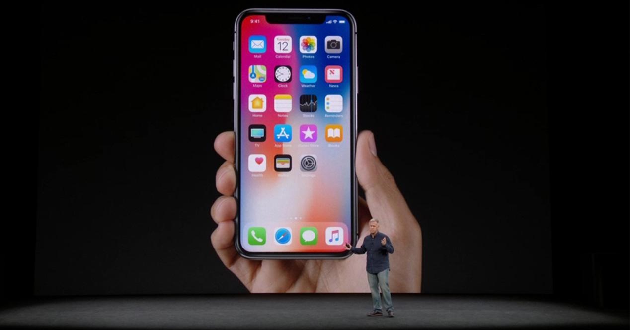 iPhone X mostrado el día de su presentación