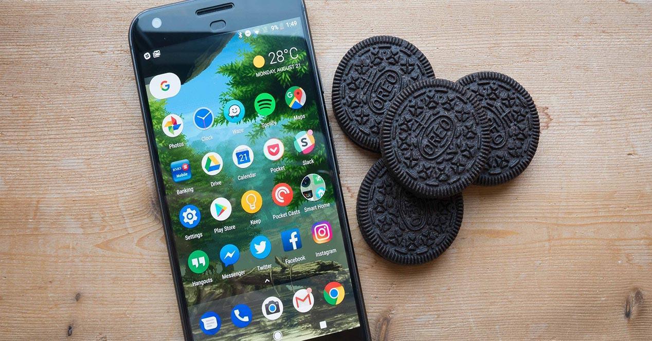 Teléfono con Android 8.1 oreo