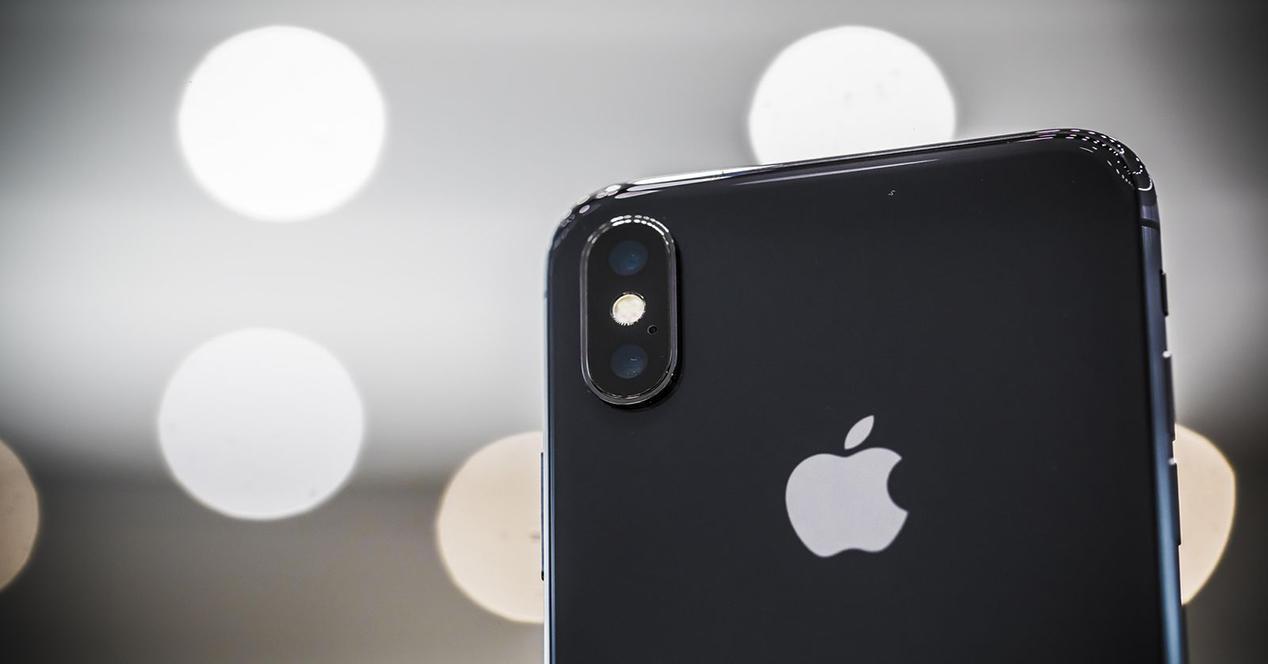 trasera del iPhone X