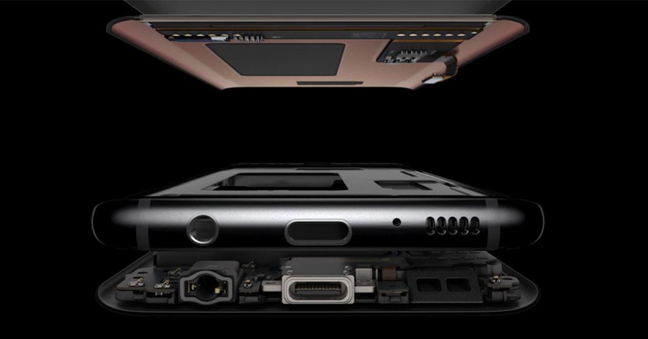 Batería y componentes de un Samsung Galaxy