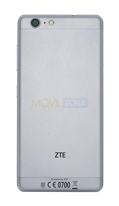 ZTE Blade V770 cámara
