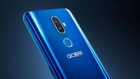 Alcatel 3V azul detalle de la cámara y del sensor de huella