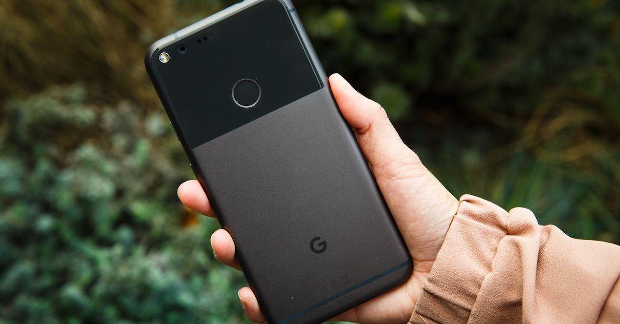 google pixel xl en mano
