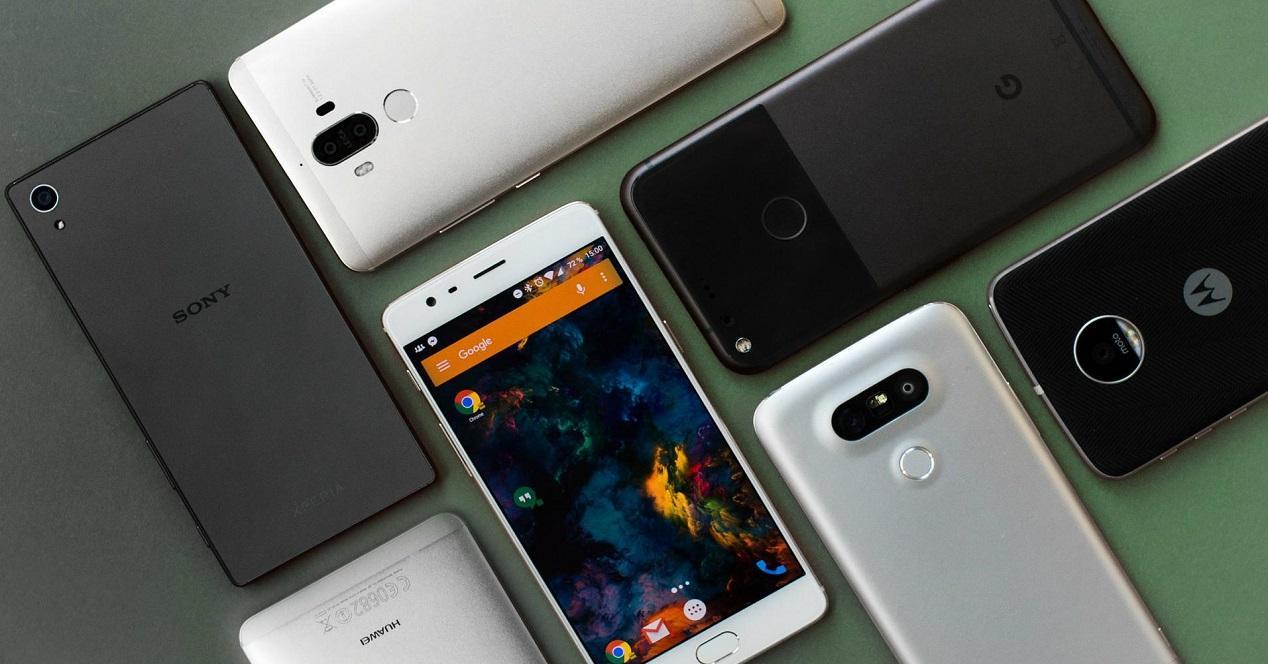 mejores móviles compactos y baratos