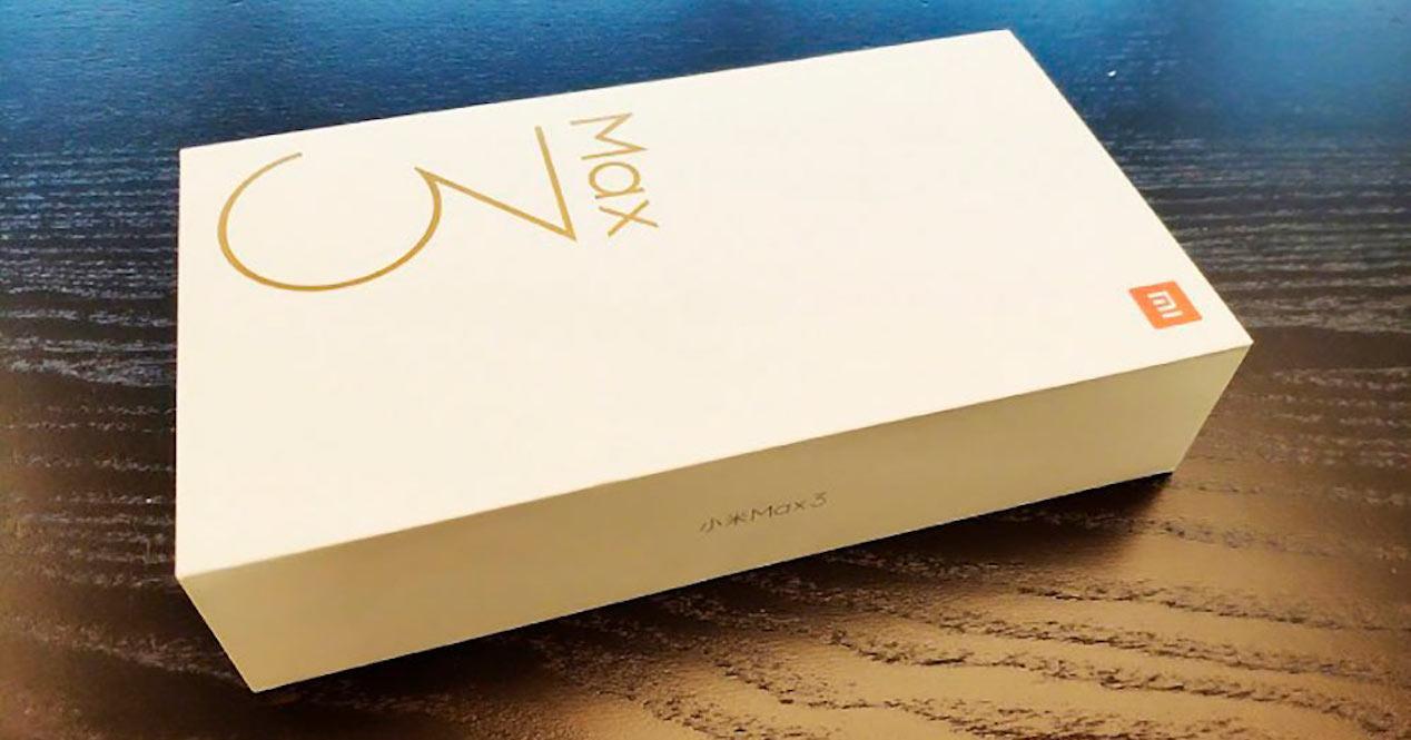 caja del xiaomi mi max 3