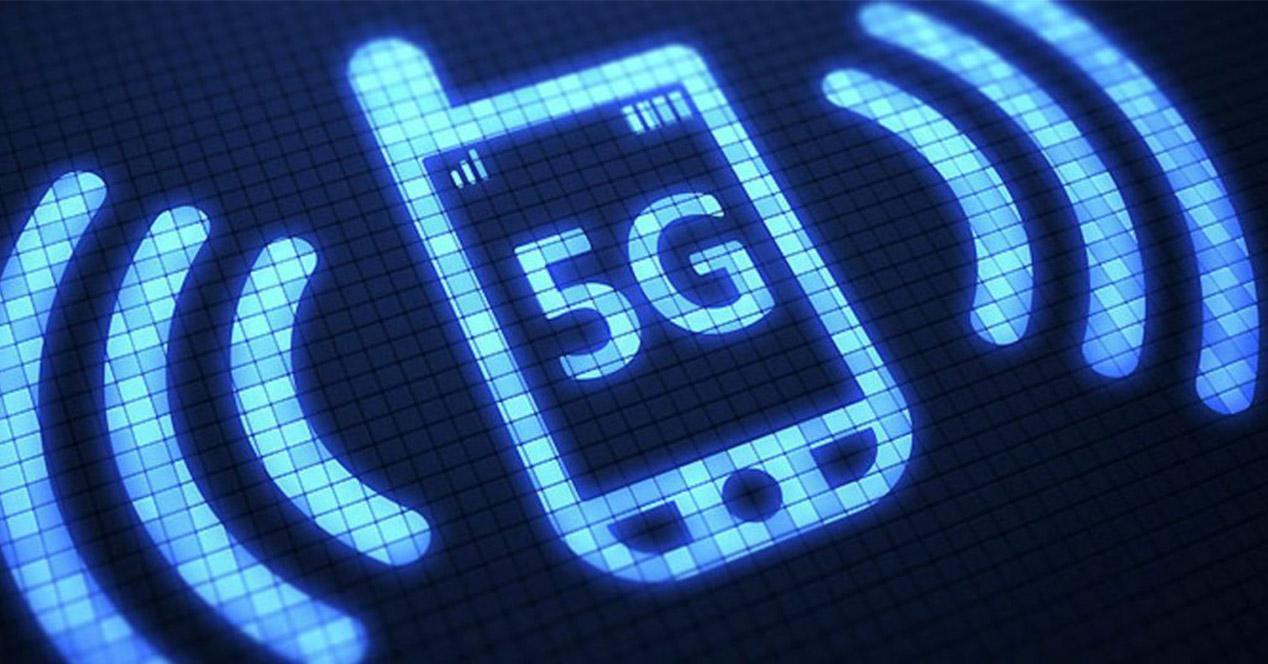 Silueta de un smartphone 5G