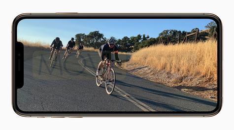Apple iPhone Xs con bicicleta en pantalla