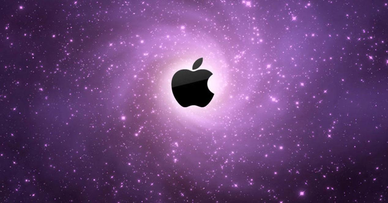Logo Apple con fondo estrellas