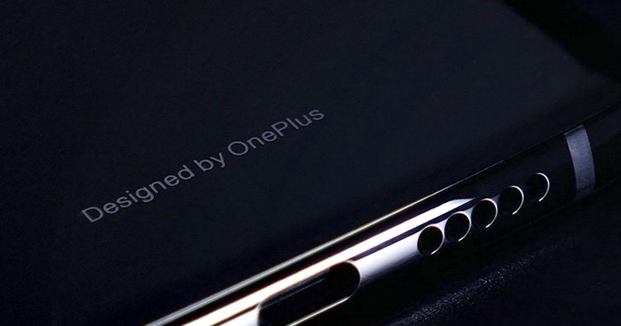 diseño oneplus 6t