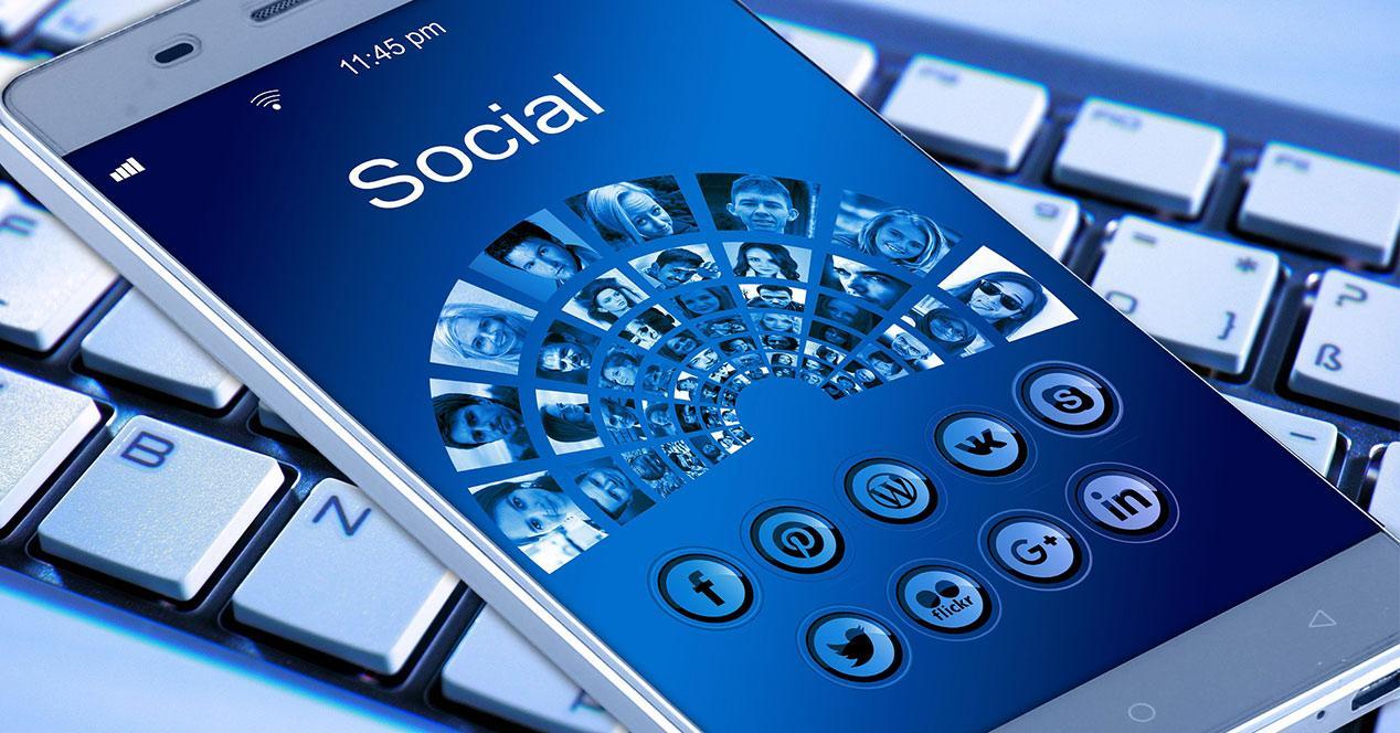 App de red social instalada en un móvil