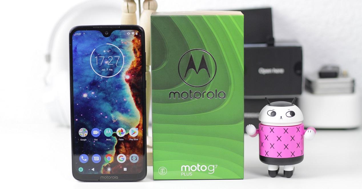Moto G7 Plus toma portada