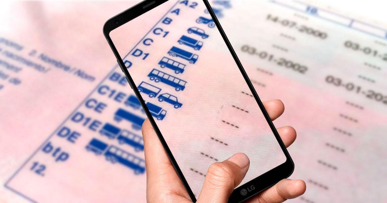 carnet de conducir móvil
