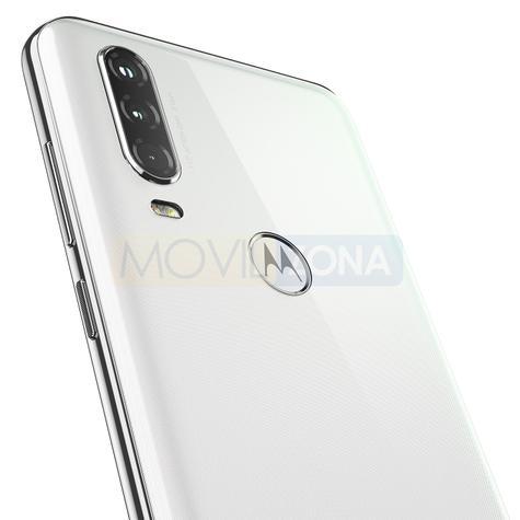Motorola One Action triple cámara