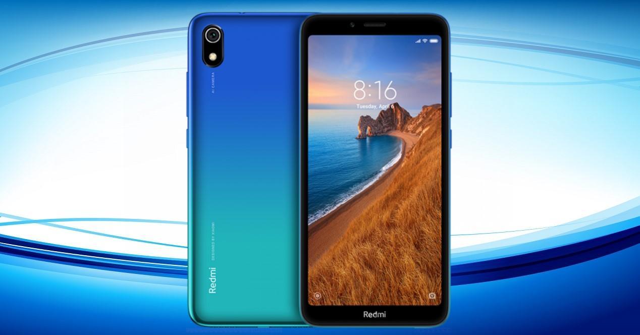 Redmi 7A sobre fondo azul