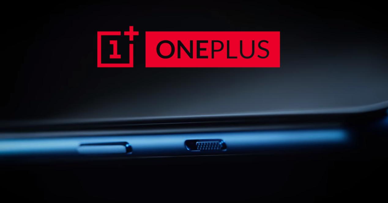 OnePlus 7T teaser y logo