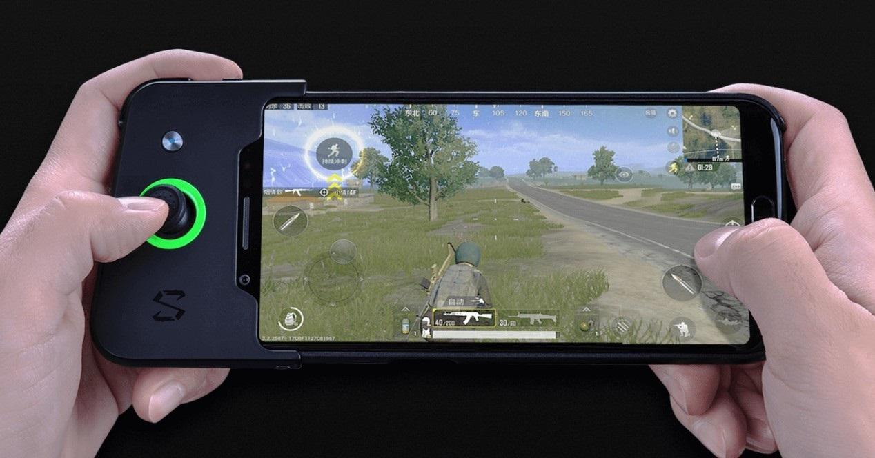 Xiaomi Black Shark jugando