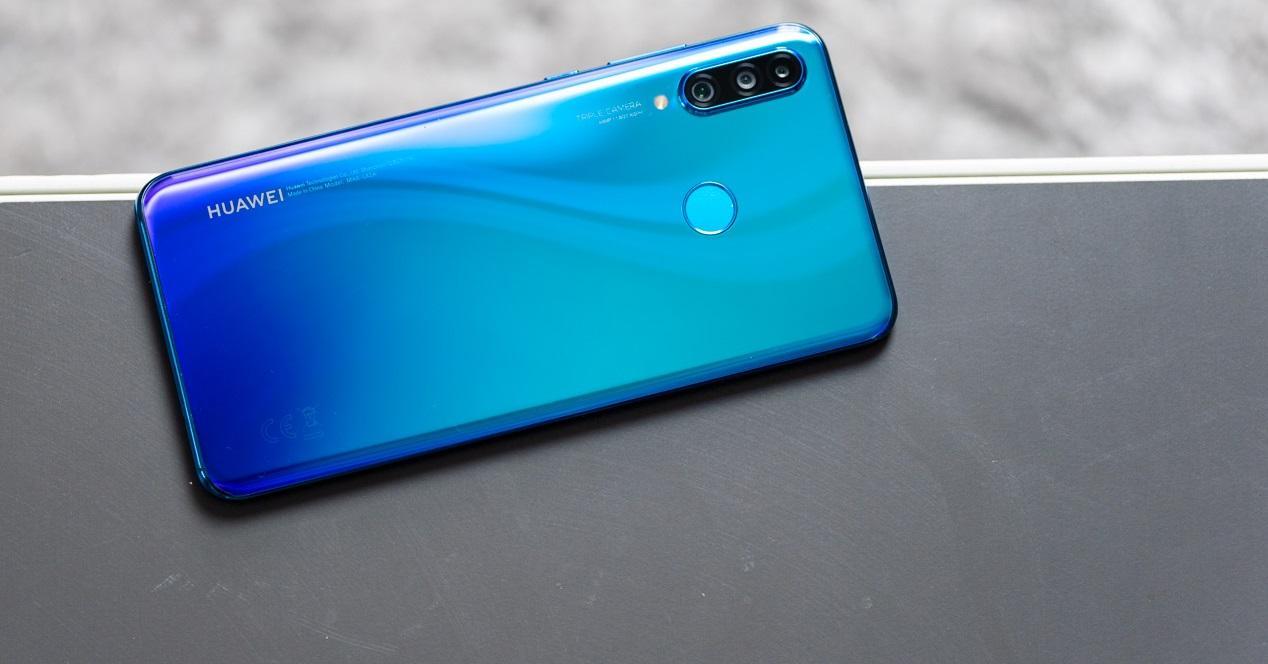 Huawei P30 Lite mesa