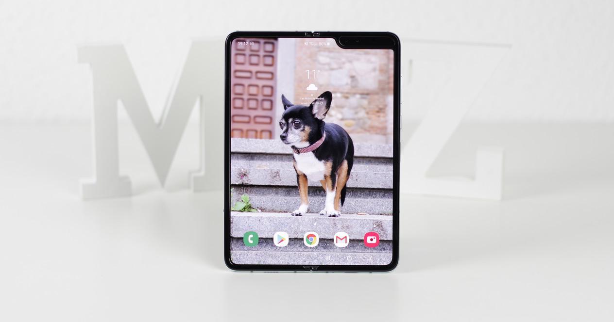 Teléfono Samsung Galaxy Fold