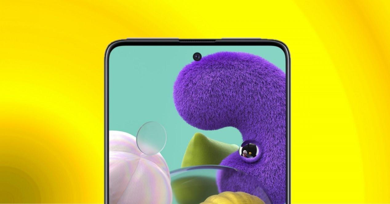 Samsung Galaxy A51 fondo amarillo