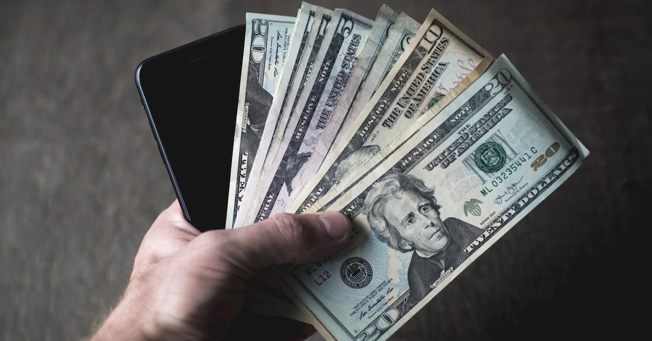 telefono y dinero