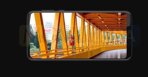 Moto G8 Play pantalla
