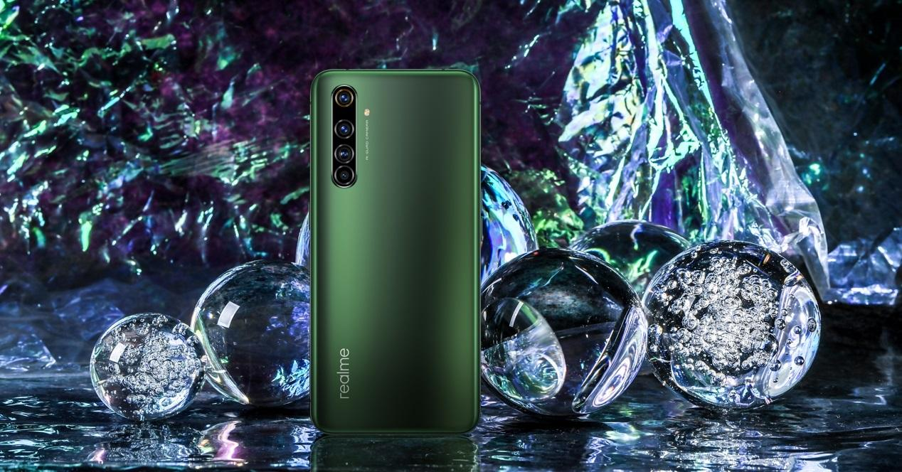realme X50 Pro y burbujas